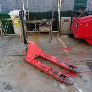 Transpallet manuale portata kg 2500