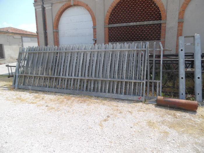 Cancello zincato scorrevole